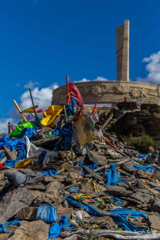 Heiliger Steinhaufen und Monument.